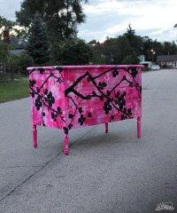 Graffiti-Furniture-Dudeman-7-tt-width-605-height-727-crop-1-bgcolor-000000-except_gif-1.jpg