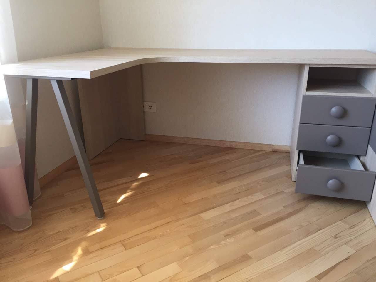 jaunuolio-kambario-baldai-vaikams-forma (2).jpg