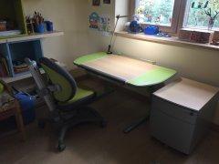 Augantys-baldai-Mayer-augantys-stalai-augancios-kedes.jpg
