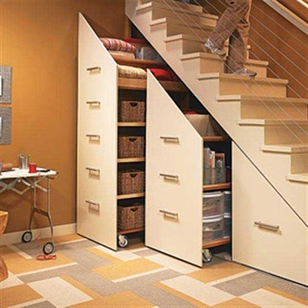 baldai po laiptais.jpg