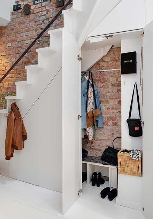 spintos po laiptais.jpg