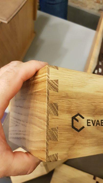 Evabox.jpg
