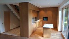 Virtuve su luksto fasadais.jpg