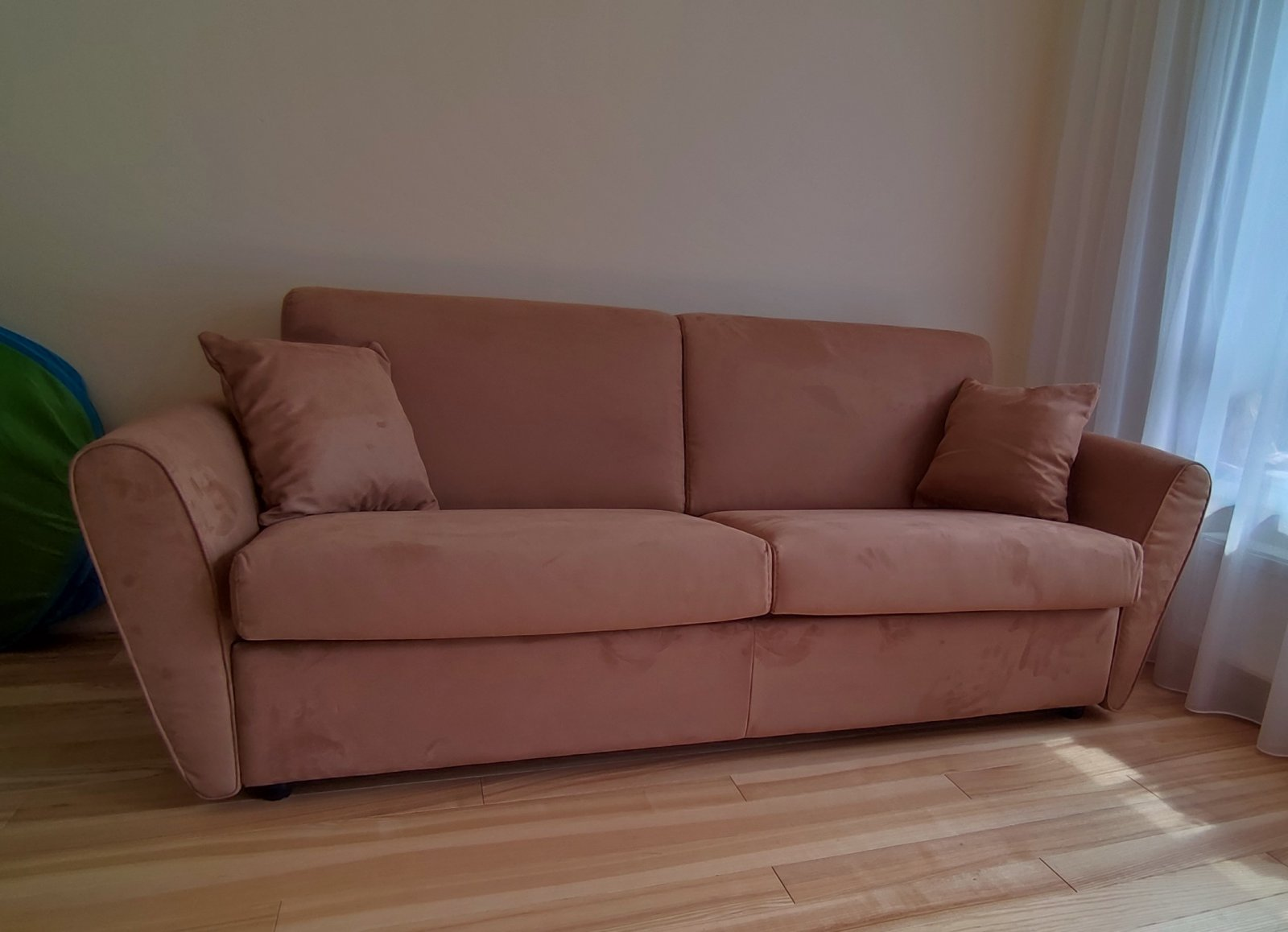 Italų-gamybos-sofa-lova
